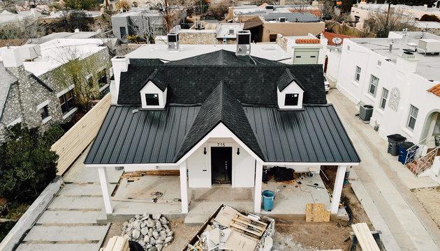 Owens Corning Berkshire Canterbury Black and Metal Roof Tie In
